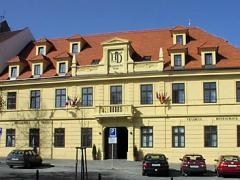 hotel_den