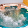 Relaxační balíček obsahuje: uvítací pozornost na pokoji v den příjezdu denně zdarma volné vstupy do bazénu a vířivky 2 x ubytování ve dvoulůžkovém pokoji 2 x bufetová snídaně 1 x...