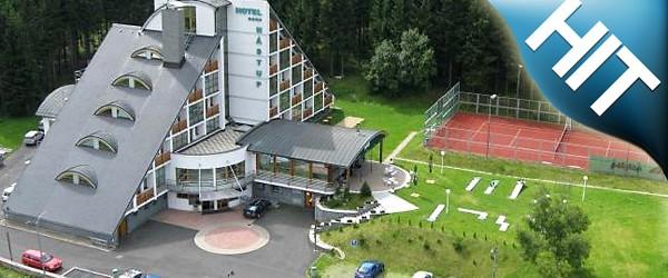Luxusní čtyřhvězdičkový horský hotel Nástup s jedinečnou atmosférou poskytuje cenově dostupný a vysoký komfort.
