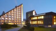 Přijeďte si odpočinout po náročném týdnu do Krkonoš. OREA Resort Sklář Vám nabízí ubytování ve dvoulůžkových pokojích Exclusive, vynikající domácí i mezinárodní kuchyni, služby wellness a relax centra.